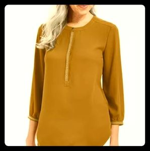 JM Collection NWT Mustard Studded Quarter Sleeve